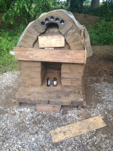 Finished cob oven after drying overnight. (Still not dry enough for pizza-baking though!) Photo by Clair